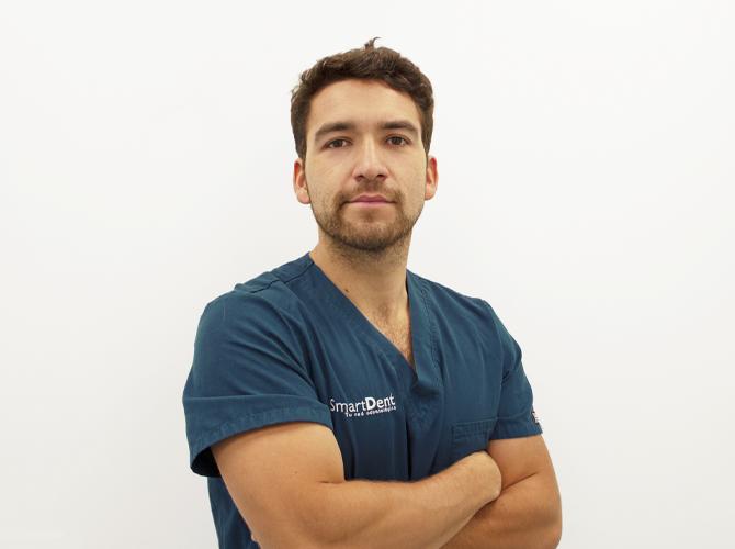 Dr. Tomás Herrera